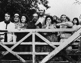 hattie-jacques-as-miss-haggerd-sid-james-as-sid-boggle-kenneth-williams-as-doctor-kenneth-soaper-ber