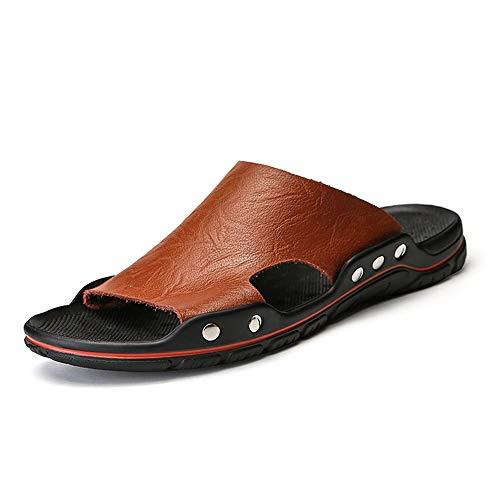 BBTK Freizeit Sandalen Für Männer Offene Spitze Hausschuhe Atmungsaktiv Rutschfeste Niet Verstärkung Strand Schuhe Leichte Verschleißfeste Pool Rutschen (Color : Dunkelbraun, Größe : 44 EU) -