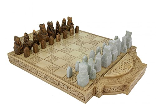 Vogler Grande Vikingo Chess Isle of Lewis chess figures and table