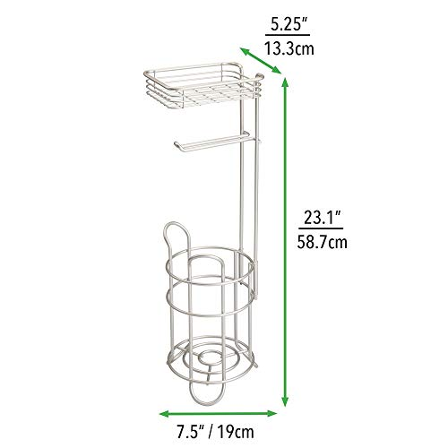 mDesign Toilettenpapierhalter - eleganter Papierrollenhalter aus Metall - WC-Rollen-Halter mit Regal - praktische Aufbewahrung fürs Badezimmer - mattsilber