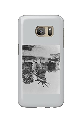 Head of Statue of Liberty in Paris Park - Vintage Photograph (Galaxy S7 Cell Phone Case, Slim Barely There)