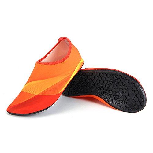 HYSENM Chaussure Aquatique 360° Flexible Compact Séchage Rapide Semelle Antidérapant pour Sport Plage Piscine Surf Conduite Yoga Orange