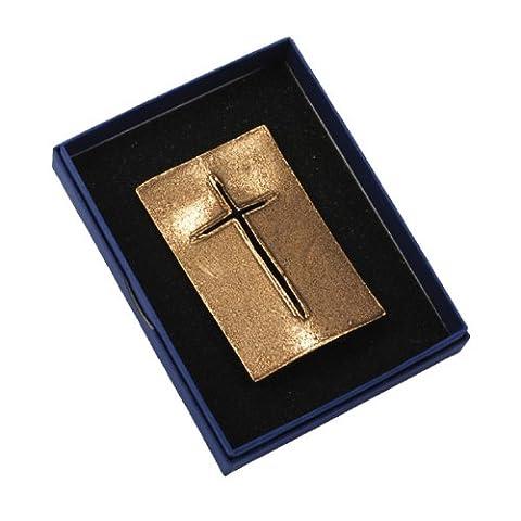 Hochwertiges Kreuz zum Hinstellen »Schild«, 8,5 x 5,5 cm Standkreuz aus Bronze, Tischkreuz, Orig. Andrea Zrenner