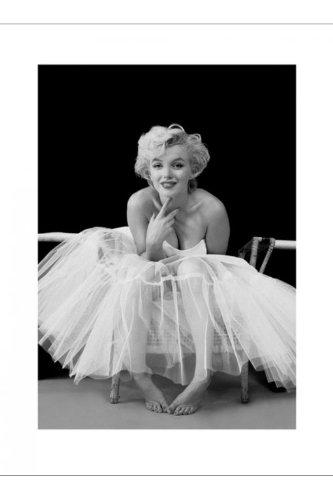 empireposter Monroe, Marilyn - Ballerina - Kunstdruck Artprint schwarz-Weiss Foto Marilyn Monroe Grösse 60x80 cm + 2 St Posterleisten Holz 61 cm