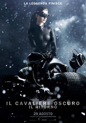 The Dark Knight Rises - Catwoman - Italian Movie Wall Poster Print - 43cm x 61cm / 17 Inches x 24 Inches A2 Batman (Auf Catwoman, Rises The Knight Die Dark)