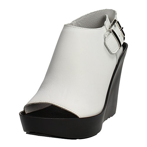 Bronx Black Leather Sandal Weiß