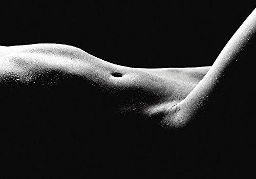 Artland Qualitätsbilder I Poster Kunstdruck Bilder 100 x 70 cm Liebe Erotik Frau Foto Schwarz Weiß D8QC Körperausschnitt Einer Nackten Frau -
