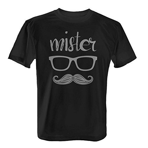 Fashionalarm Herren T-Shirt - Mister   Fun Shirt mit Spruch als Valentinstag & Jahrestag Geschenk Idee für verliebte Paare Schwarz