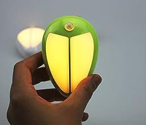 Gearmax® Beatles figura LED Night Light Stick Anywhere intelligente PIR infrarosso auto di induzione di movimento la luce della lampada del corpo umano sensore Per camera da letto Corridoio, ecc, alimentata da batterie 3x AA