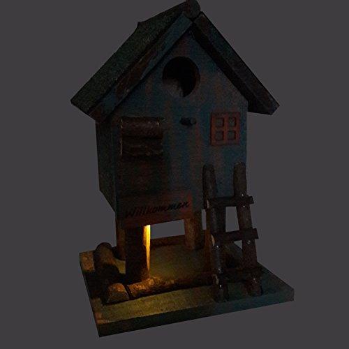 nistkasten-fuer-wildvoegel-mit-dezenter-led-beleuchtung-solar-dekoratives-vogelhaus-fuer-den-garten-braun-gruen-3