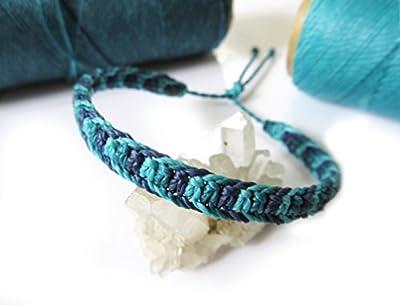 Bracelet brésilien/amitié/bijou unisexe/bohème/en fil Bleu Ciel/Turquoise Bleu Marine tissé/tressé main en macramé avec du fil ciré et ajustable Réf.3PPTurqCanMarine