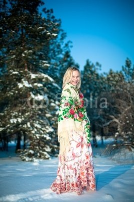 Wunschmotiv: beautiful happy young woman in Russian national winter clothes #11647542 - Bild als Foto-Poster - 3:2 - 60 x 40 cm / 40 x 60 cm