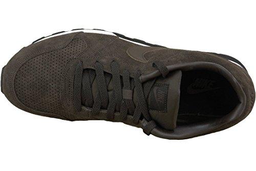 meet 505b9 bedeb ... Nike MD Runner 2 Leather Prem, Baskets pour homme Multicolore - Marrón    Blanco ...