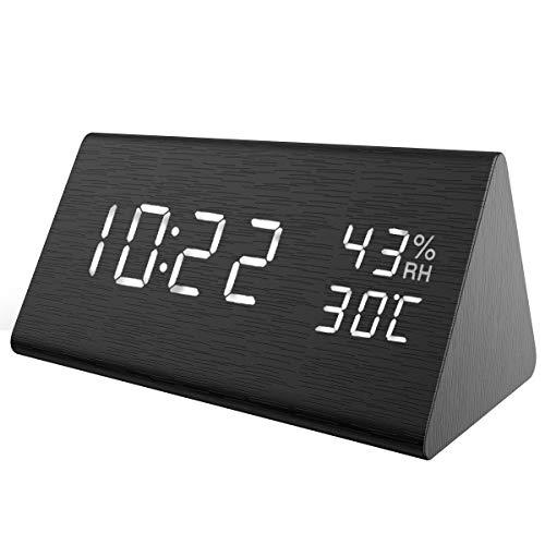 ORIA 【New】 LED Digitaler Wecker, Dreieck Holz Wecker Uhr Modern Tischuhr, Reisewecker Alarm Clock mit Sound-Kontrolle, 3 Helligkeit, 3 Alarm Einstellung, Datum,Zeit, Temperatur,Feuchtigkeit und USB
