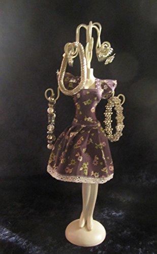 Schmuckpuppe mit blümchen Kleid