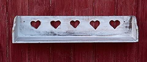 Schönes Wandregal aus Vollholz mit jeder Menge Herz im Shabby Chic Stil - Weiß - auf Alt getrimmt