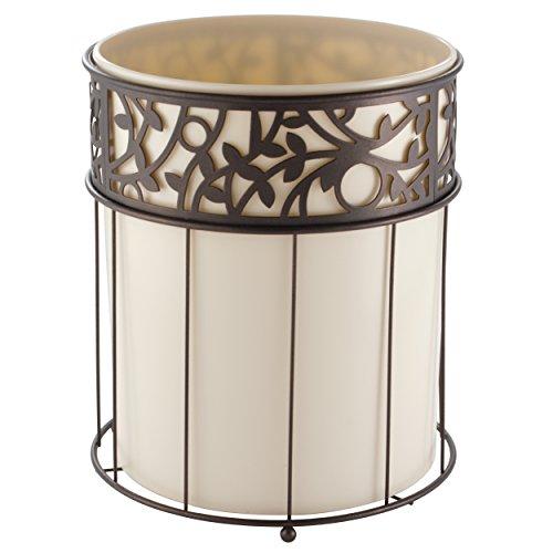 mDesign – Papelera metálica - Cubo de basura moderno para el baño, la oficina o la cocina - Preciosa papelera de diseño de color vainilla y bronce - En acero con detalles en plástico desmontable