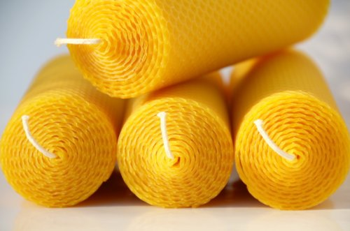 4 big honeycomb candles. Pure beeswax candles from the black forest manufactory...