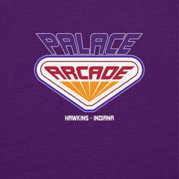 NERDO Hawkins Palace Arcade - Herren T-Shirt Violett ...