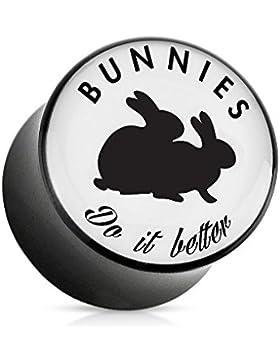 Paula & Fritz® Plug mit Sattelverschluss aus Acryl mit Aufdruck exklusiv für Playboy Bunnys Do It Better 6-25mm...