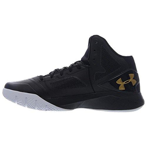 Under Armour Pour des hommes ClutchFit Drive II Basketball Shoes Black / Metallic Gold