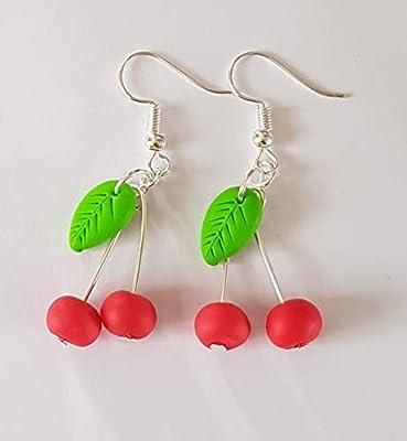 boucles d oreilles cerise rouge paire feuille verte fimo gourmande