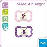 MAM Air Night Silikon Schnuller im 2er-Set, leuchtender Baby Schnuller, extra leichtes und luftiges Schilddesign mit Schnullerbox, 6-16 Monate, rosa