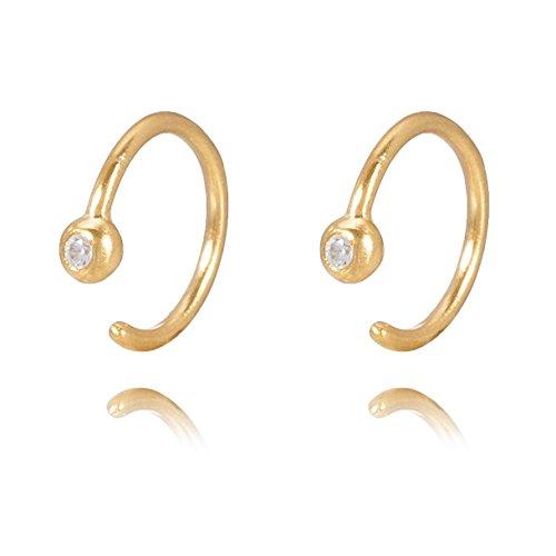 Pernille Corydon Damen Creolen Gold mit Zirkonia Stein - Sehr Klein (0,9cm) Dezent Glitzernd & Funkelnd - 925 Silber vergoldet - E129g (Kleine Goldene Creolen)