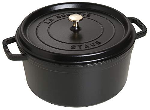 Staub 40509-863-0 Cocotte/Bräter, rund mit Deckel 30 cm, 8,35 L, mit mattschwarzer Emaillierung im Inneren des Topfes, schwarz