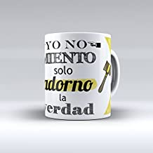 """Taza cerámica desayuno regalo original profesión abogado """"Yo no miento, solo adorno la verdad"""""""