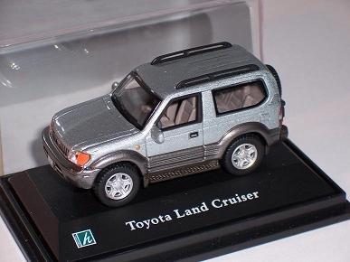 toyota-land-cruiser-landcruiser-lc90-lc-90-silber-1-72-cararama-modellauto-modell-auto