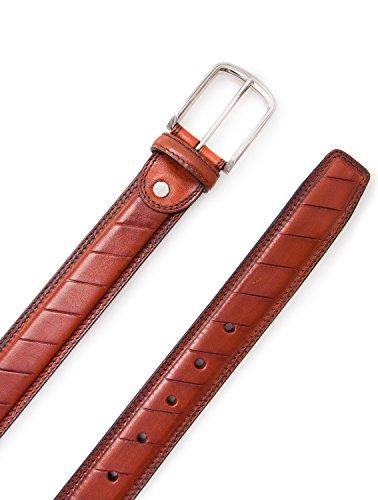 Authentique ceinture faite avec peau de vachette. Mesures: 100-110 -120 cm. Couleur cuir. cuir