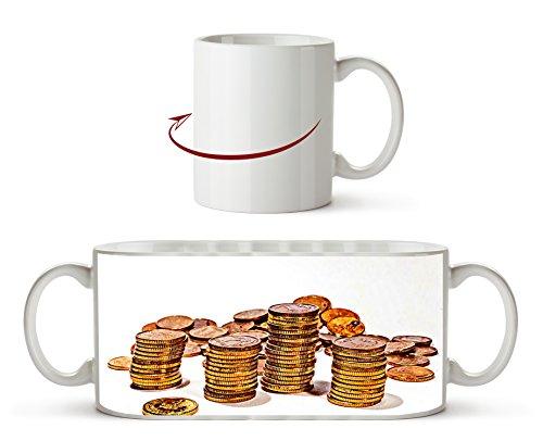 Stapel Münzgeld Effekt: Zeichnung als Motivetasse 300ml, aus Keramik weiß, wunderbar als Geschenkidee oder ihre neue Lieblingstasse. (Dollar Radiergummi)
