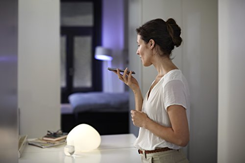 Philips Hue White Starter Kit con 3 Lampadine LED E27, 1 Bridge e 1 Telecomando Dimmer Switch, luce bianca calda, 9W