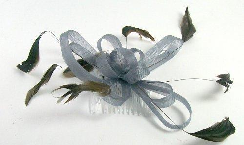 Silber Grau im Loop Fascinator mit Federn Lukas auf einem Kamm