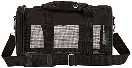 Amazon Basics Pet carrier bag, soft side panels 12