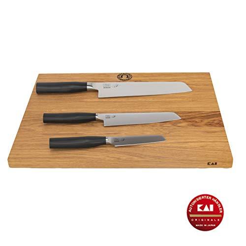 Kai Tim Mälzer TMK-0700 - Set di coltelli da camagno, Coltello da Ufficio, Coltello Multifunzione (TMK-0701), Coltello da Cucina Ibrido (TMK-0770), Tagliere Kai Grande, 40 x 30 cm