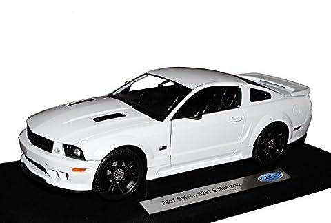 Ford Mustang Saleen S281 E coupe Weiss V 1. Generation 2004-2010 1/18 Welly Modell Auto mit individiuellem Wunschkennzeichen