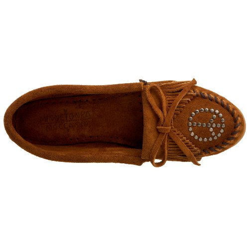 Minnetonka Kilty Moc with Peace Sign 330 Damen Mokassins Braun