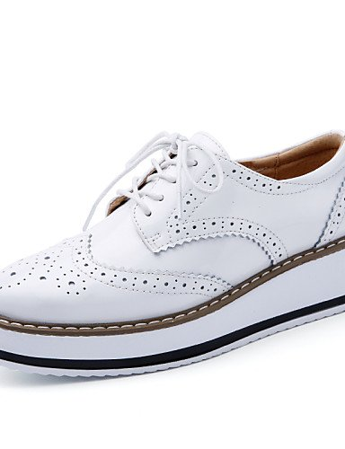 ZQ hug Scarpe Donna-Stringate-Tempo libero / Formale / Casual-Plateau-Piatto-Pelle-Nero / Bianco / Borgogna / Tessuto almond , white-us8.5 / eu39 / uk6.5 / cn40 , white-us8.5 / eu39 / uk6.5 / cn40 black-us6.5-7 / eu37 / uk4.5-5 / cn37