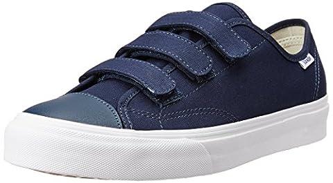 Vans Men UA Style 23 V Low-Top Sneakers, Blue ((Canvas) Dress Blues/True White), 9 UK 43 EU
