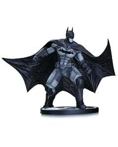 Batman Arkham Origins Statue (Black/ White)