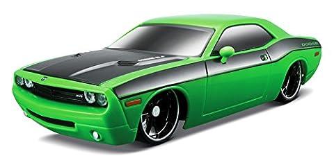Maisto 81063 - 1:24 R/C Dodge Challenger Concept
