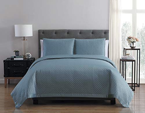 VCNY Home Adrianna Charmeuse 3Piece Quilt- STO King Set, Stone Blue -