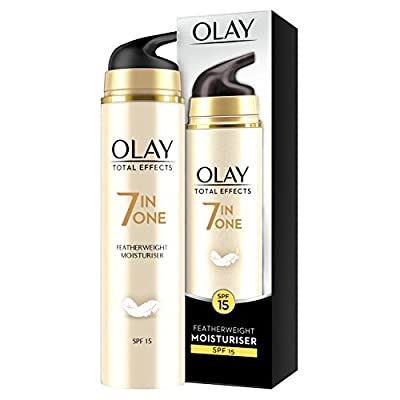 Olay Total Effects 7-in-1 Anti-Ageing Featherweight Moisturiser with SPF15, Niacinamide, Vitamin C and E, 50 ml