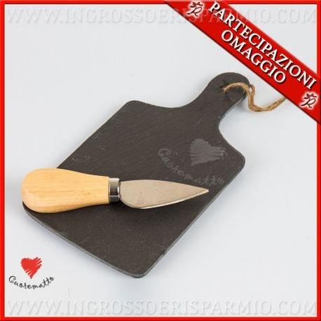 Cuorematto -tagliere in ardesia color carbone completi di coltello da formaggio con manico in legno,scatola regalo in bamboo - bombonire nozze,matrimonio,anniversario(kit 1 pz + confezione)