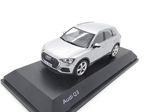 quattro GmbH Audi Q3 Modellauto Miniatur 1:43 Minimax 2018 Florettsilber  Silber