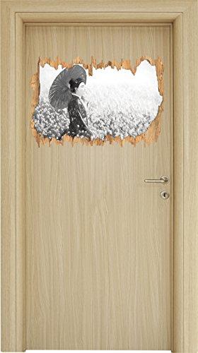 Geisha auf dem Feld Kunst Kohle Effekt Holzdurchbruch im 3D-Look , Wand- oder Türaufkleber Format: 62x42cm, Wandsticker, Wandtattoo, Wanddekoration