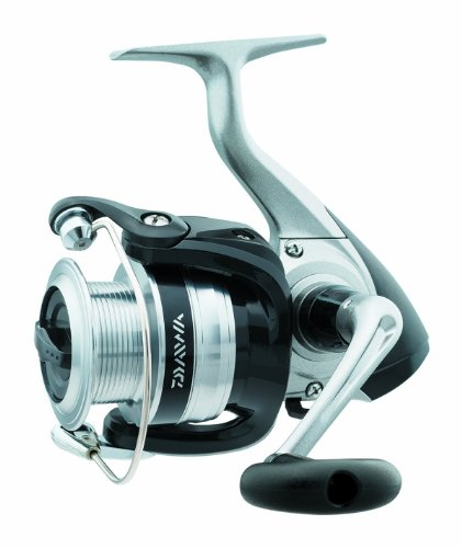 Daiwa SF2500-B-CP Strikeforce Test Frontbremse Spinning Angelrolle, 6-10 lb, Silber