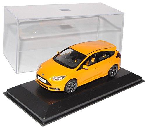 Ford Focus ST 5 Türer Weiss 3 Generation Ab 2010 1//18 Minichamps Modell Auto ..